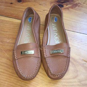 Calvin Klein Lunasi Pebbled Leather Loafer 7.5
